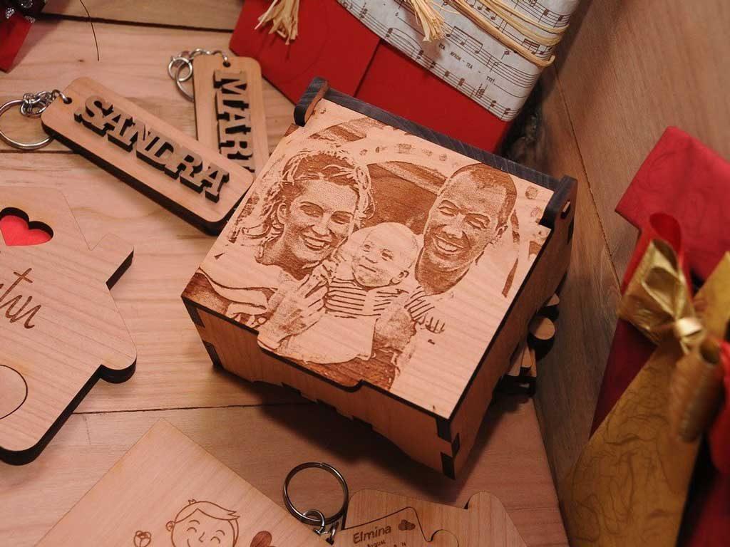 Poklon drvena kutija